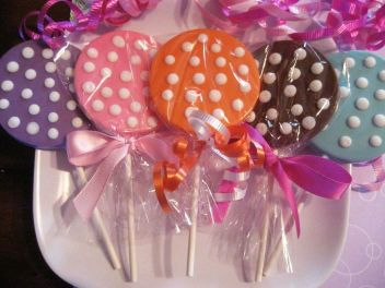 lollipop favors.jpg